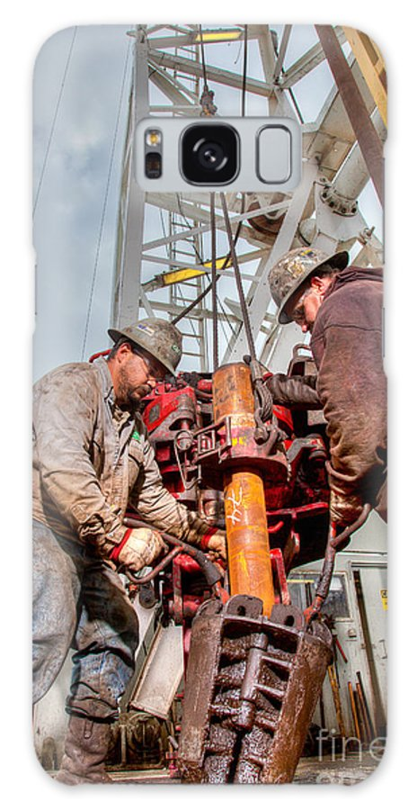 Oil Rig Galaxy S8 Case featuring the photograph Cac005-83 by Cooper Ross