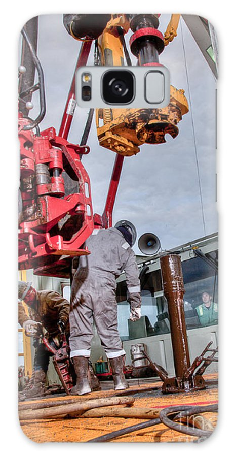 Oil Rig Galaxy S8 Case featuring the photograph Cac005-90 by Cooper Ross