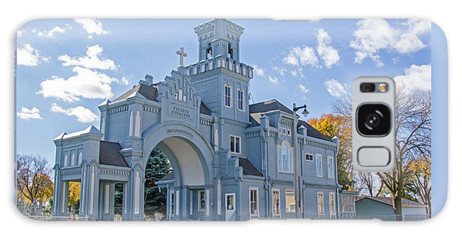 Calvary Gatehouse Galaxy S8 Case featuring the photograph Calvary Gatehouse by Susan McMenamin
