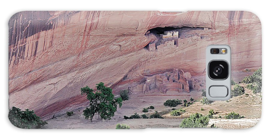 White Galaxy S8 Case featuring the photograph Canyon De Chelly Junction Ruins by Christine Till