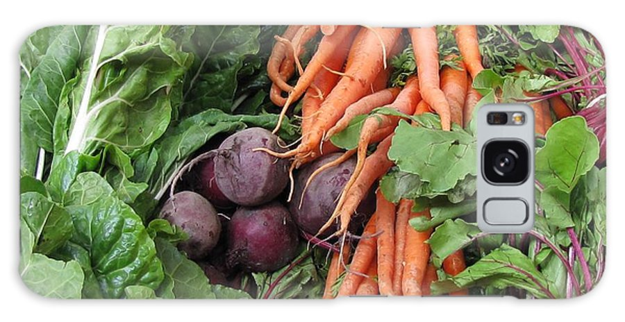 Vegetables Galaxy S8 Case featuring the photograph Carrots And Beets by Jennifer Wheatley Wolf