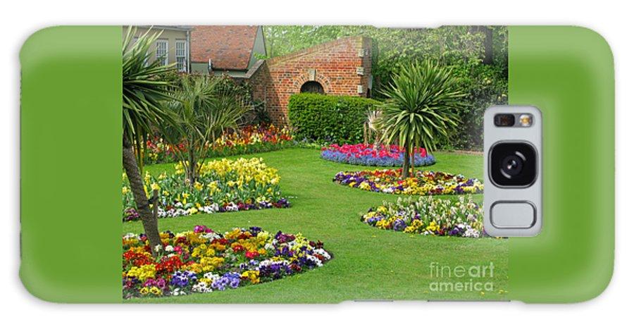 Garden Galaxy Case featuring the photograph Castle Park Gardens by Ann Horn