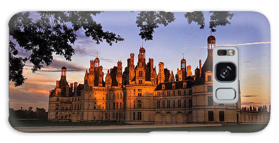 Landscape Galaxy S8 Case featuring the photograph Chambord Castle At Sunset by Audra Mitchell