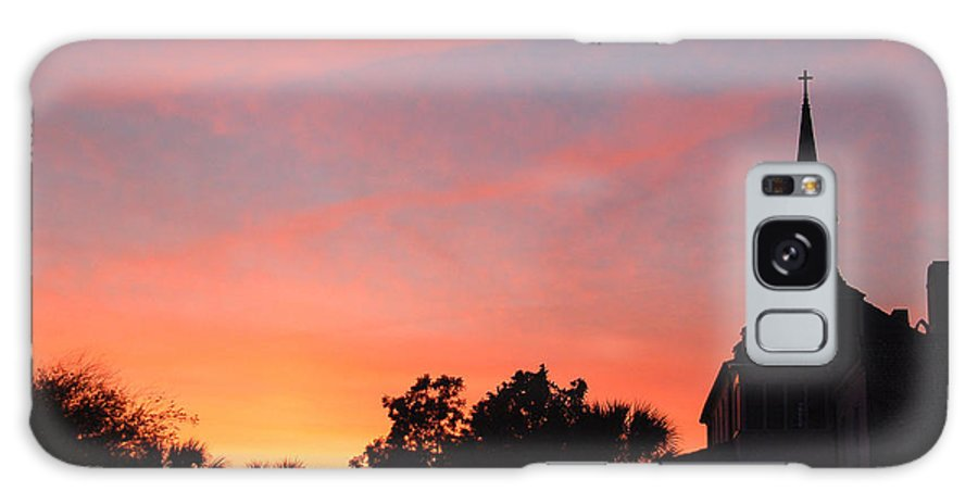 Charleston Galaxy S8 Case featuring the photograph Charleston At Dusk by Suzanne Gaff