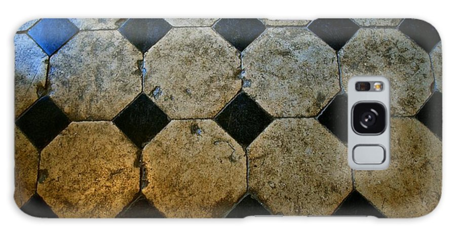 Chateau Galaxy S8 Case featuring the photograph Chateau Brissac's Tile Floor by Eric Tressler