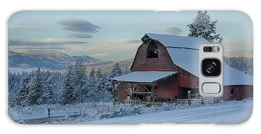 Chewelah Galaxy S8 Case featuring the photograph Chewelah Barn by Idaho Scenic Images Linda Lantzy