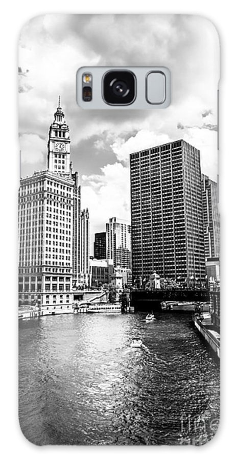 America Galaxy S8 Case featuring the photograph Chicago Downtown At Michigan Avenue Bridge Picture by Paul Velgos