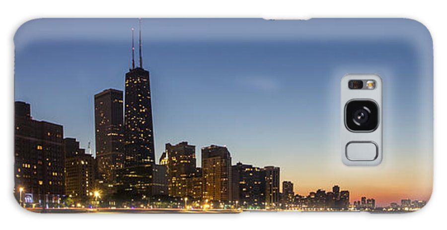 Ohio Street Beach Galaxy S8 Case featuring the photograph Chicago Skyline At Dusk 3 To1 Aspect Ratio by Sven Brogren