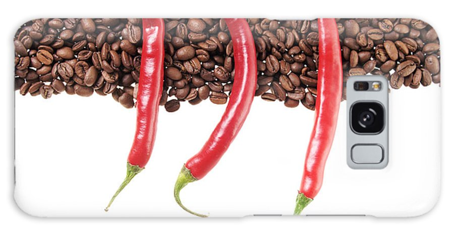 Coffee Beans Galaxy S8 Case featuring the photograph Chili And Coffee by Mario Kelichhaus