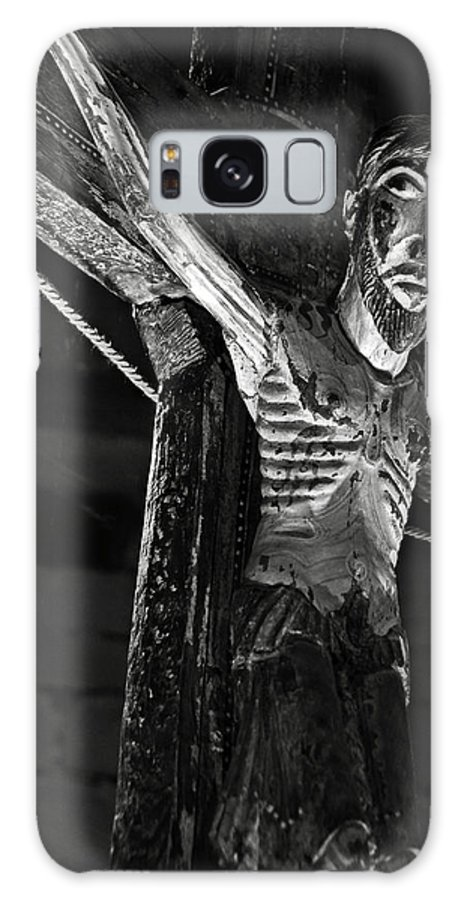 Church Galaxy S8 Case featuring the photograph Christ Of Salardu - Bw by RicardMN Photography