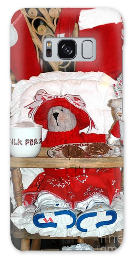 Teddy Galaxy S8 Case featuring the photograph Christmas Delights by Kathleen Struckle