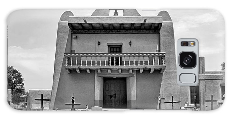 Pueblo Galaxy S8 Case featuring the photograph Church At San Ildefonso - Bw by Nikolyn McDonald