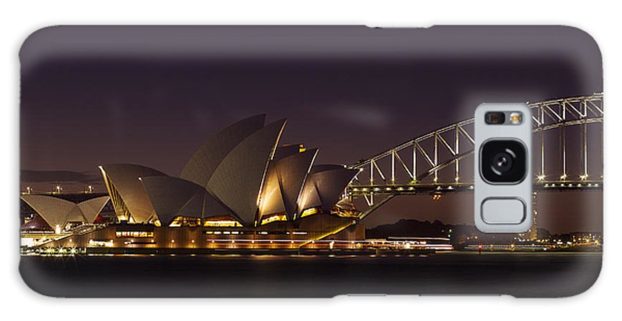 Sydney Galaxy S8 Case featuring the photograph Classic Elegance by Andrew Paranavitana