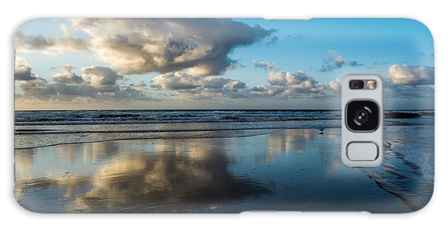Cloud Galaxy S8 Case featuring the photograph Cloud Formation Over Wye River Beach by Heather Provan