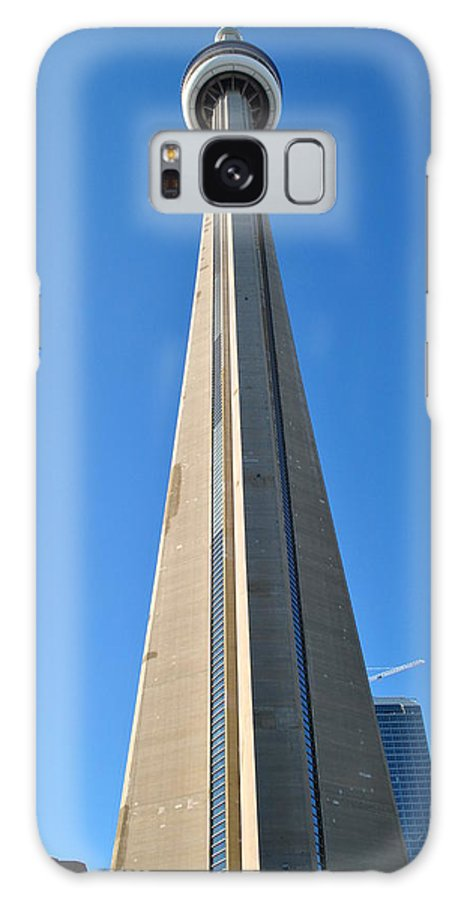 Cn Tower Galaxy S8 Case featuring the photograph Cn Dreaming by Jim Hogg
