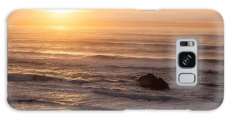 Hug Point Galaxy S8 Case featuring the photograph Coastal Rhythm by Mike Reid