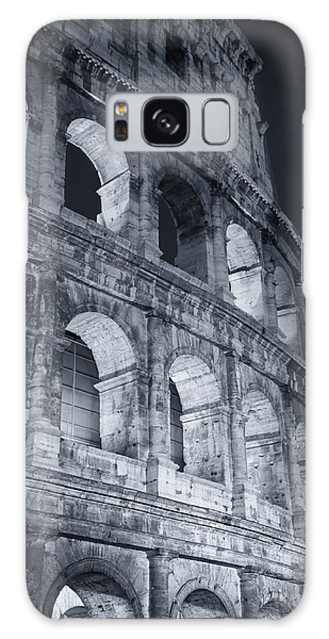 Joan Carroll Galaxy S8 Case featuring the photograph Colosseum Before Dawn by Joan Carroll