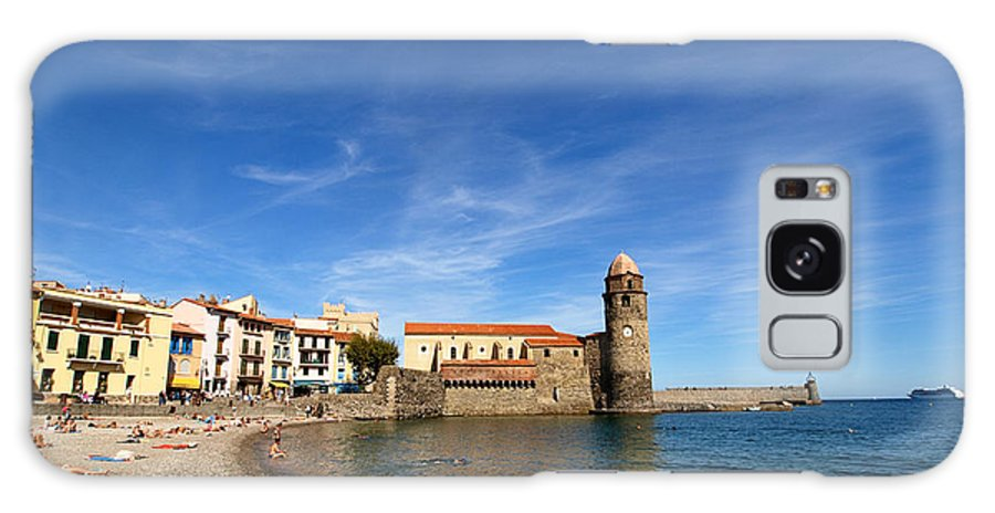 Collioure Galaxy S8 Case featuring the photograph Collioure Beach And Bell Tower by Valerie Mellema