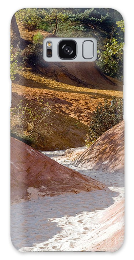 Le Colorado Ochre Rustrel France Colored Clay Landscape Landscapes Tree Trees Plant Plants Provence Galaxy S8 Case featuring the photograph Colored Pathway by Bob Phillips