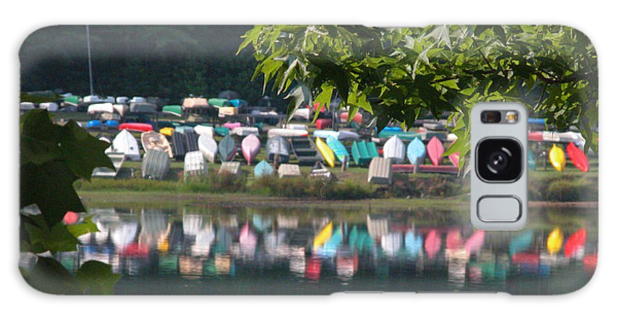 Bent Tree Galaxy S8 Case featuring the photograph Colorful Kayaks by David Dittmann