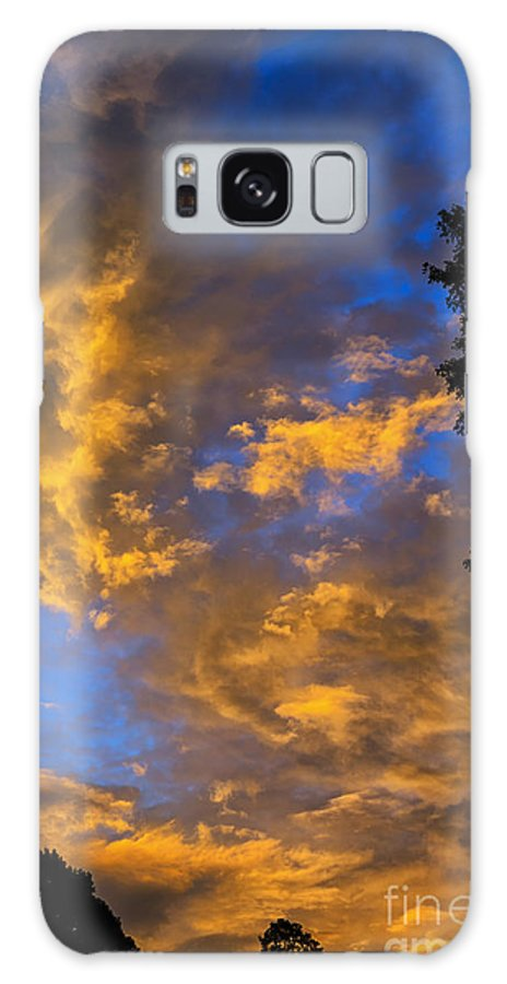 Sunrise Galaxy S8 Case featuring the photograph Colorful Western Sky At Sunrise by Thomas R Fletcher