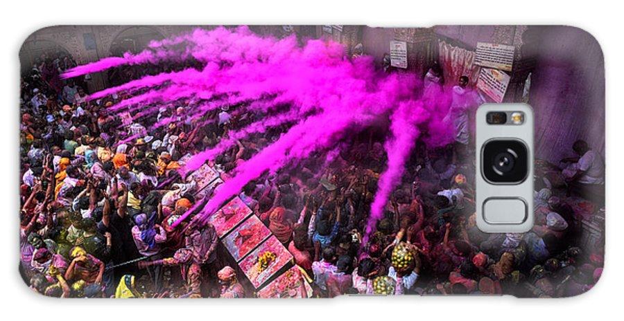 People Galaxy S8 Case featuring the photograph Colour Blast by Avishek Das