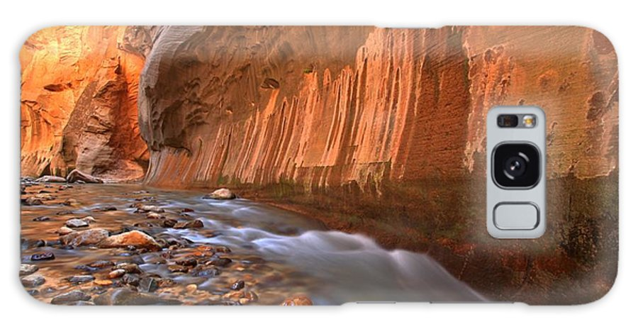 Zion Narrows Galaxy S8 Case featuring the photograph Cornering The Narrows by Adam Jewell
