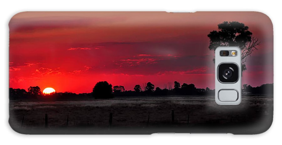 Photography Galaxy S8 Case featuring the photograph Country Sunset by Kaye Menner