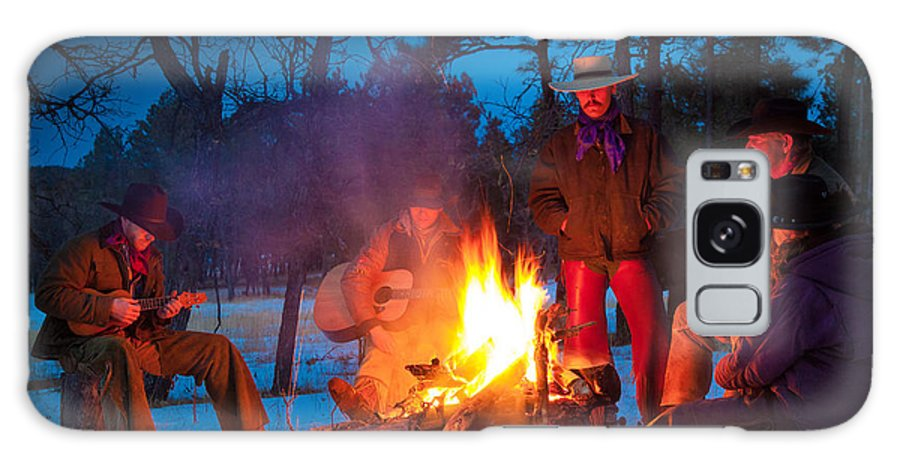 America Galaxy S8 Case featuring the photograph Cowboy Campfire by Inge Johnsson