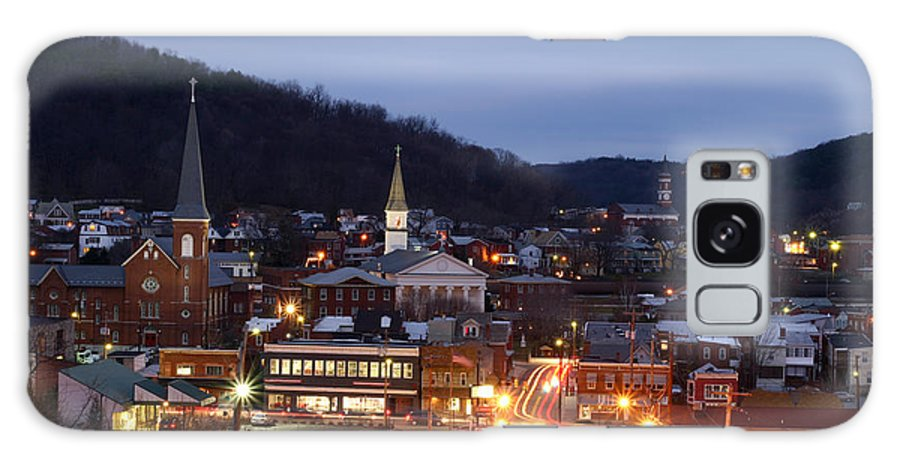 City Galaxy S8 Case featuring the photograph Cumberland At Night by Jeannette Hunt