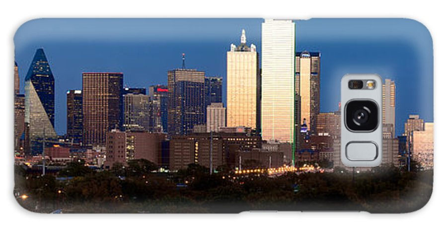 Dallas Galaxy S8 Case featuring the photograph Dallas Skyline Sunset by Rospotte Photography