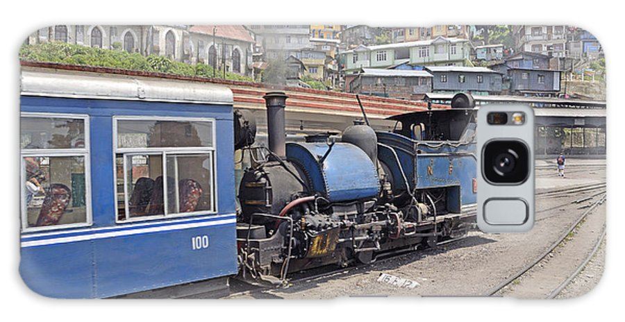 Darjeeling Galaxy S8 Case featuring the photograph Darjeeling Himalayan Railway by Bhaswaran Bhattacharya