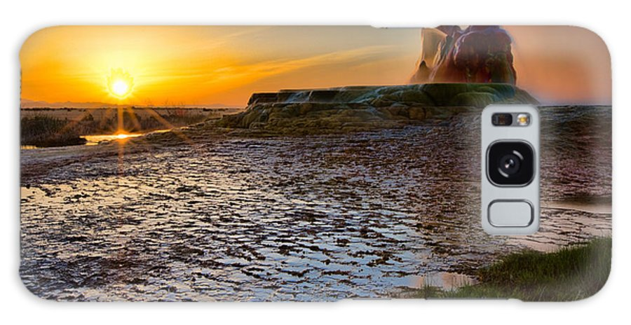 Landscape Galaxy S8 Case featuring the photograph Dawn's Radiance by Don Hall