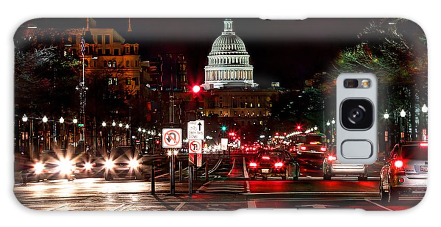 Washington Dc Galaxy S8 Case featuring the photograph Dc In The Dark by Walt Baker