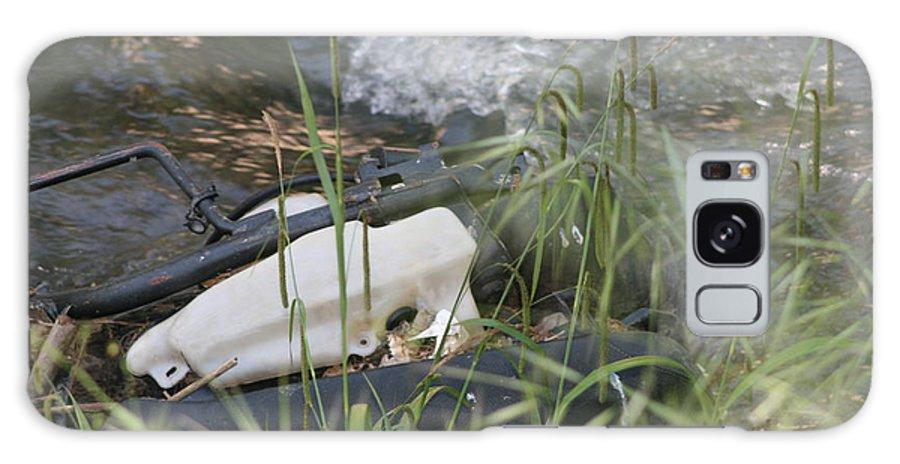 Car Door Galaxy S8 Case featuring the photograph Dead Car Door by Phoenix De Vries