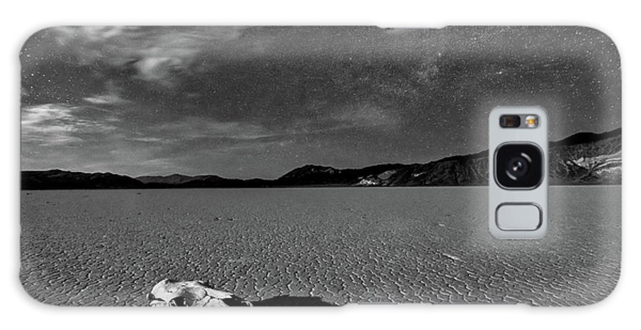 Moonlight Galaxy S8 Case featuring the photograph Death Valley By Moonlight by Hua Zhu