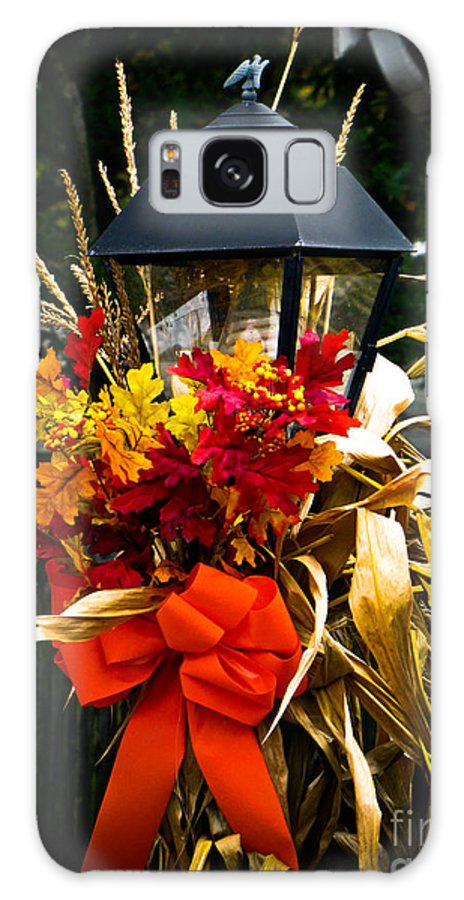 Fall Foliage Galaxy S8 Case featuring the photograph Decorated Lamp Post by Charlene Gauld