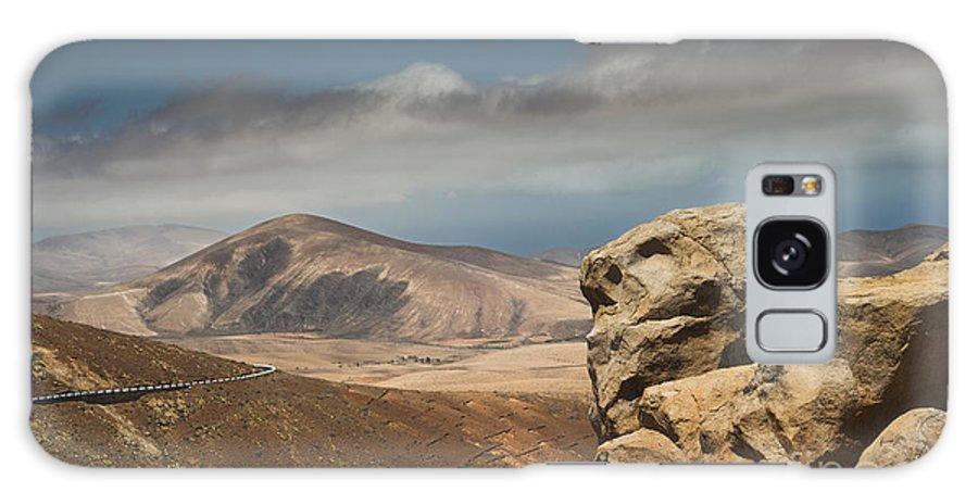 Betancuria Galaxy S8 Case featuring the photograph Degollada De Los Granadillos 1 by Michael David Murphy