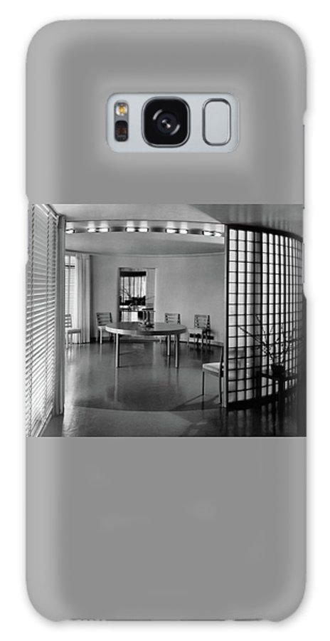 Architecture Galaxy S8 Case featuring the photograph Dining Room In Mr. And Mrs. Alfred J. Bromfield by Hedrich-Blessing