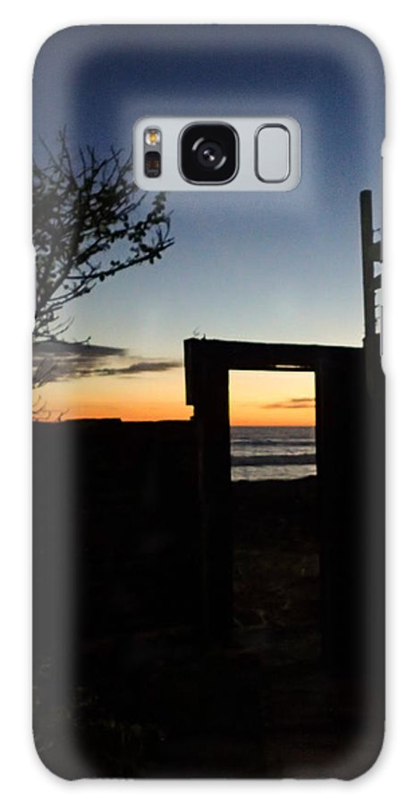 Sunset Galaxy S8 Case featuring the photograph Doorway To Dusk by Tyler Lucas