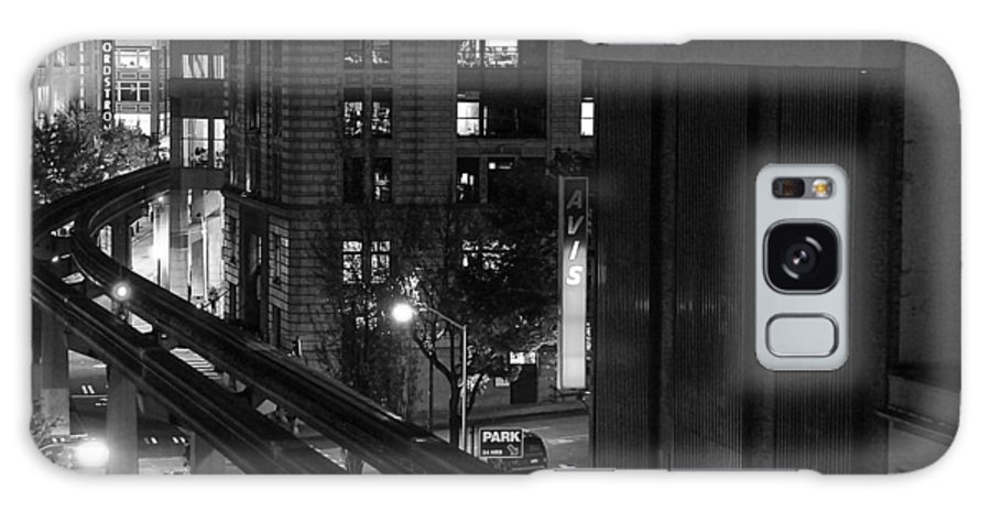 Seattle Galaxy S8 Case featuring the photograph Downtown In Seattle by Daren Johnson