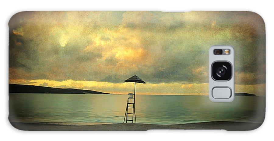Seascape Galaxy S8 Case featuring the photograph Dreamscape by Zapista