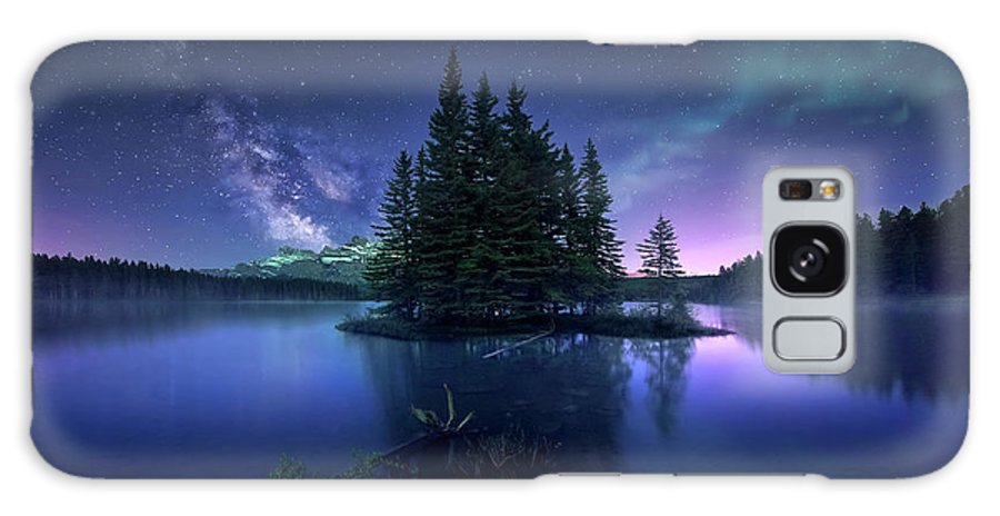 Banff Galaxy S8 Case featuring the photograph Dreamy Night by Jes??s M. Garc??a