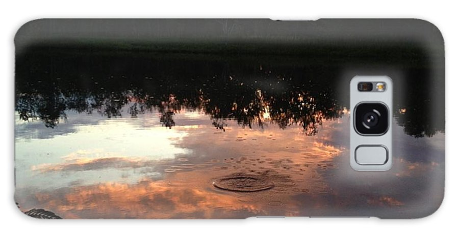 Water Galaxy S8 Case featuring the photograph Droplets by Rachel Freeman