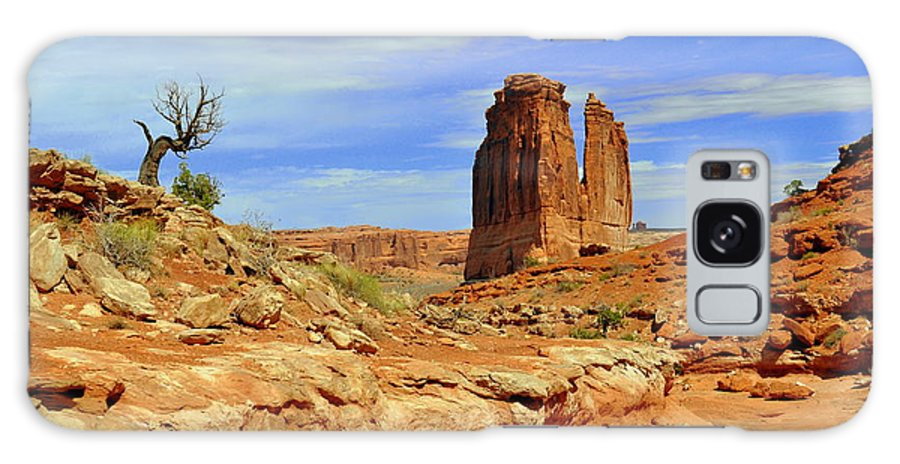 Arches National Park Galaxy S8 Case featuring the photograph Dsc_3690.jpg by Marty Koch