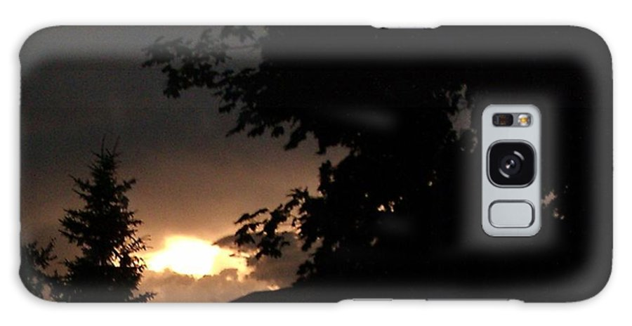 After The Storm Galaxy S8 Case featuring the photograph Eerie Sky After The Storm by Gail Matthews