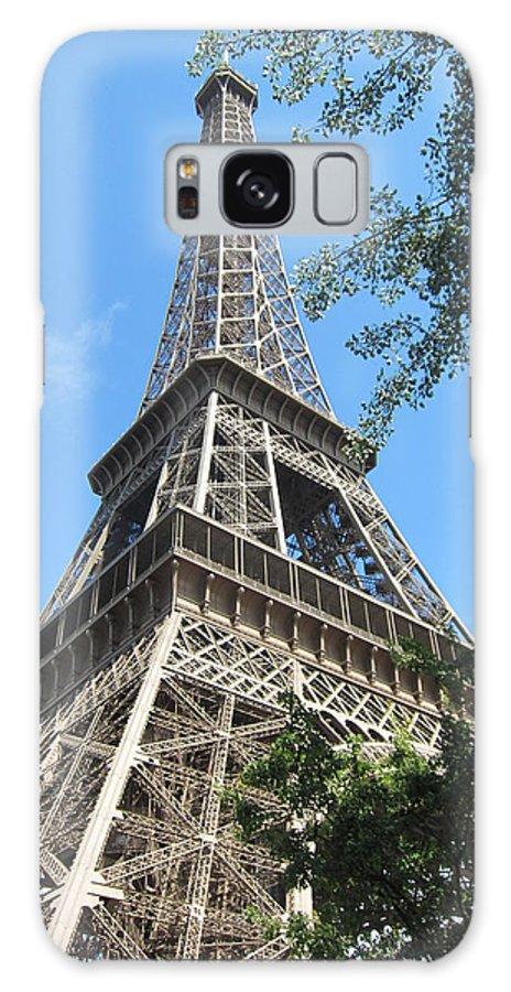Eiffel Galaxy S8 Case featuring the photograph Eiffel Tower - 2 by Pema Hou