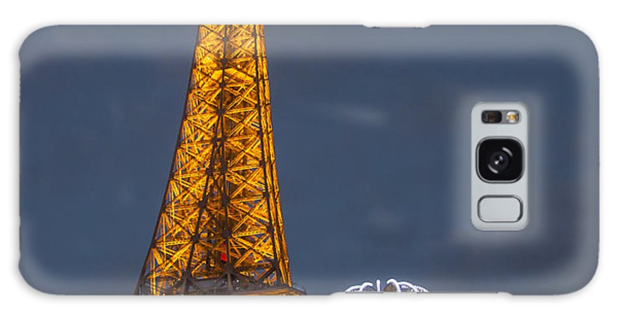 Paris Galaxy S8 Case featuring the photograph Eiffel Tower At Night by Paul Eggermann