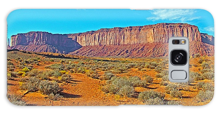 Elephant Butte From Wildcat Trail In Monument Valley Navajo Tribal Park Galaxy S8 Case featuring the photograph Elephant Butte From Wildcat Trail In Monument Valley Navajo Tribal Park-arizona  by Ruth Hager