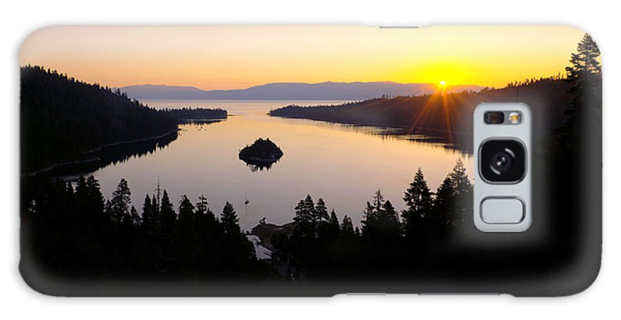 Lake Galaxy S8 Case featuring the photograph Emerald Dawn by Chad Dutson